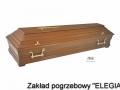 Jasna trumna w zakładzie pogrzebowym elegia